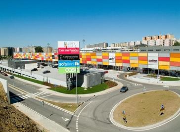 Braga Retail Center